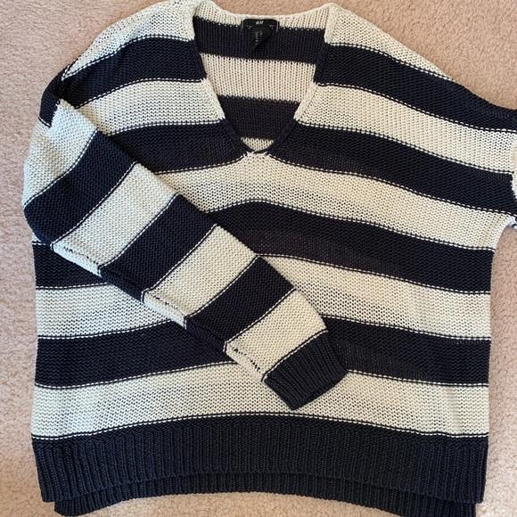 H&M V-neck Striped Sweater